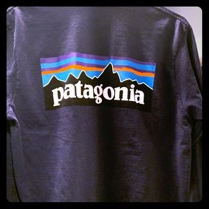 Men's Patagonia long sleeve shirt
